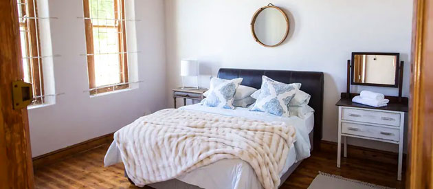 LA CHANDELEUR ACCOMMODATION & VENUE, PAARL